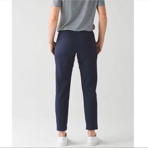 LULULEMON Navy Blue City Trek Trouser Pant size 6